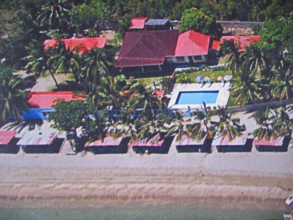 Looc garden beach resort everything cebu for Pool garden resort argao