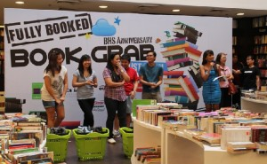 fullybooked1 300x185 Fully Booked Book Grab Contest