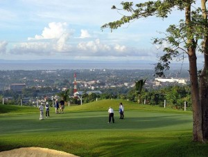 travelhouseUK 300x227 Golfing Spree in Cebu
