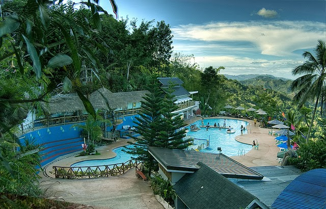 Cebu 39 s top 10 family friendly summer activities for Pool garden mountain resort argao