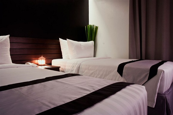 image source: http://www.hotels.com