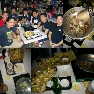my friends enjoying their tuslob-buwa dinner at azul. can you count how many puso they've eaten? :D