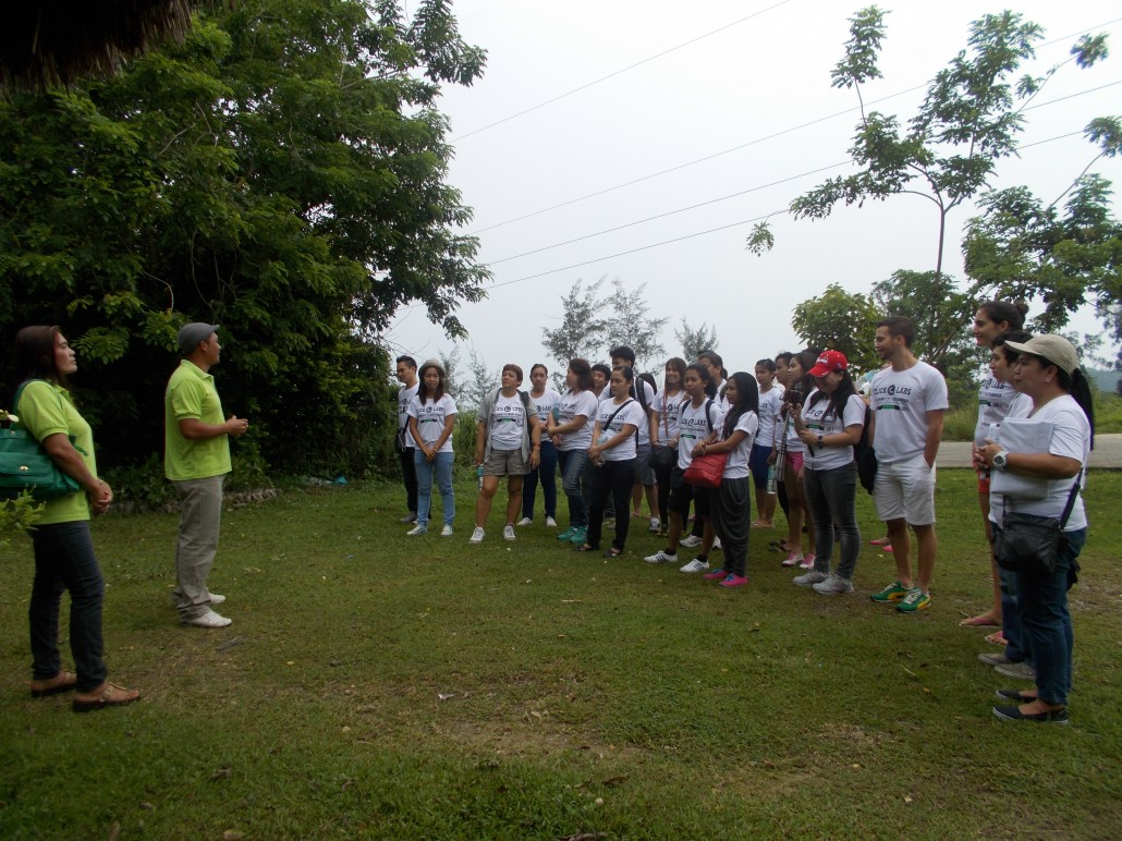 orientation before the tree planting activity