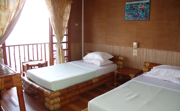 one of the resort's relaxing rooms (image source: http://nalusuanislandresort.com/)