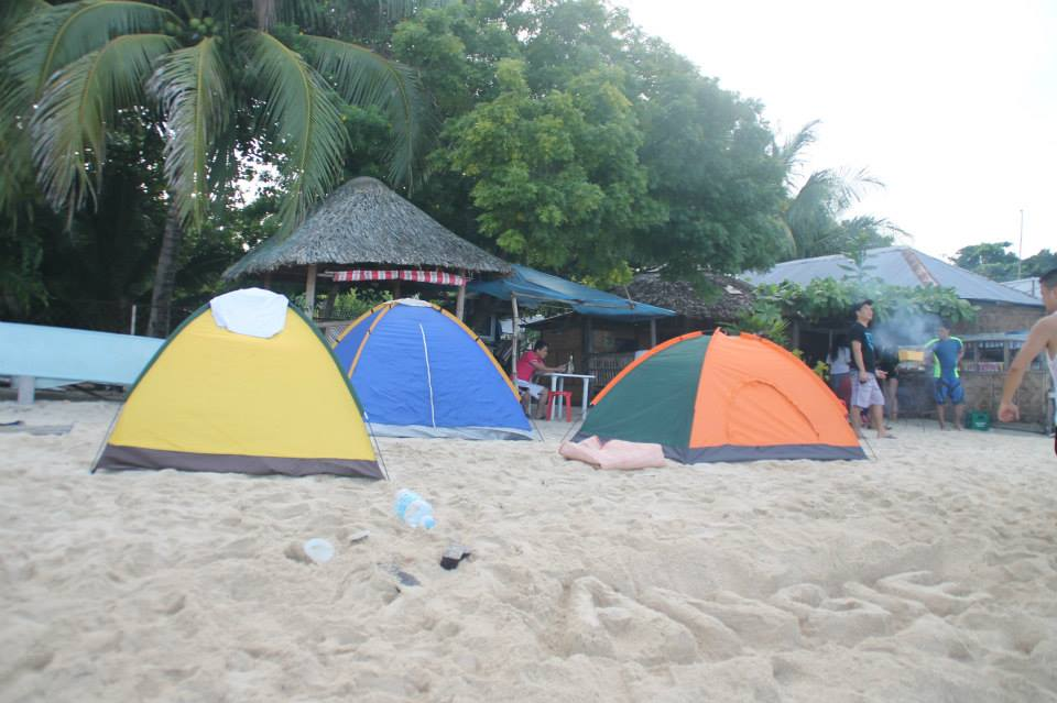 the tents we put up for FREE; yes we spent no money at all for our overnight accommodation!