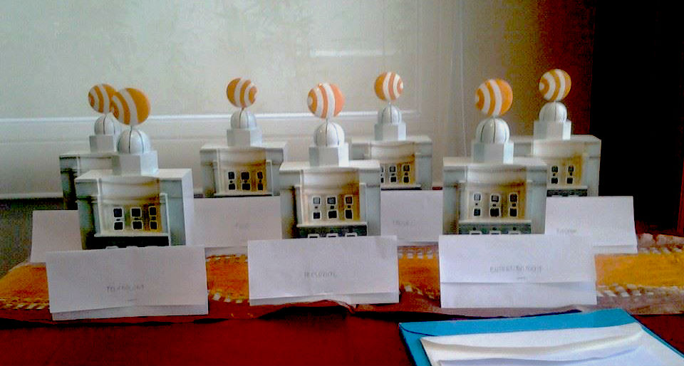 The trophies given to the BCB Awardees which resembled the Capitol hall. (image source: Best Cebu Blogs Facebook Page)