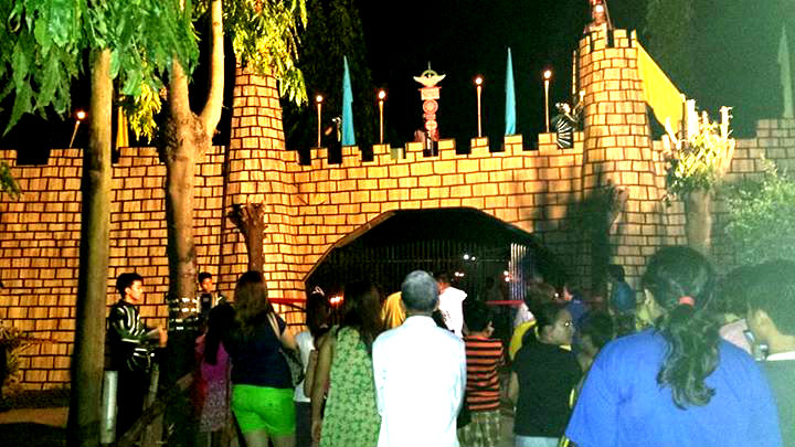 The gates of the Holy Land in Talisay. (image source: Jesus World in Talisay: Holy Land in Laray Facebook page)