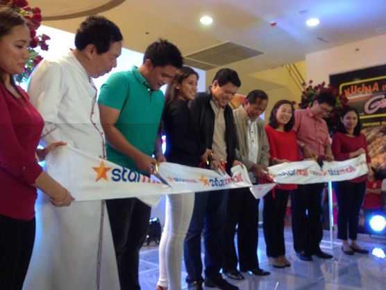 Ribbon Cutting with Former Senator Manny Villar