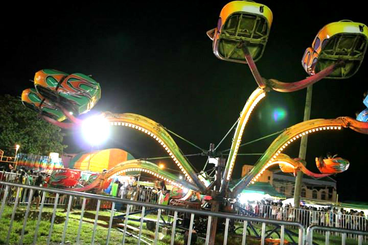 Better prepare yourself for a fun but very frightening spider rider. A must-try. (image from: Sinulog FB page)