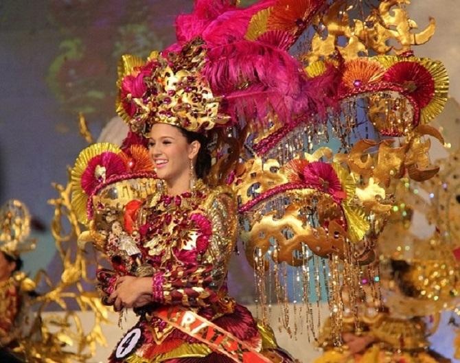 Sinulog Festival Queen 2013