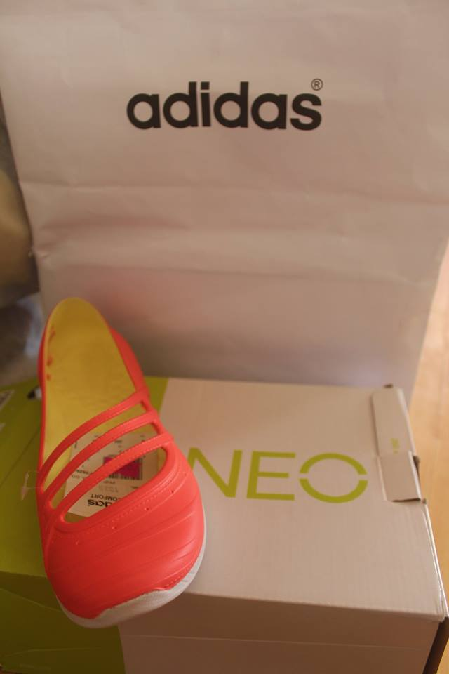 Adidas Women QT Comfort Jelly Shoe Trainers Shoes @ Php800+! (image source: Deby Marianae Gilos)